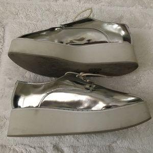 TOPSHOP Silver/White Platform Lace up Shoe Size 38